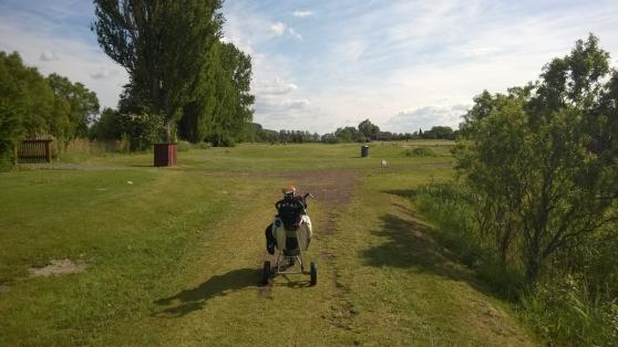 17_Mai_2014_golfen_mit_freunden_12