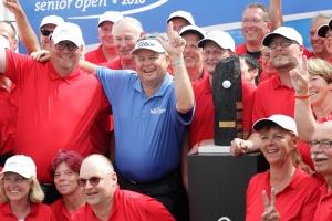 Sieger Oldcorn mit den Volunteer